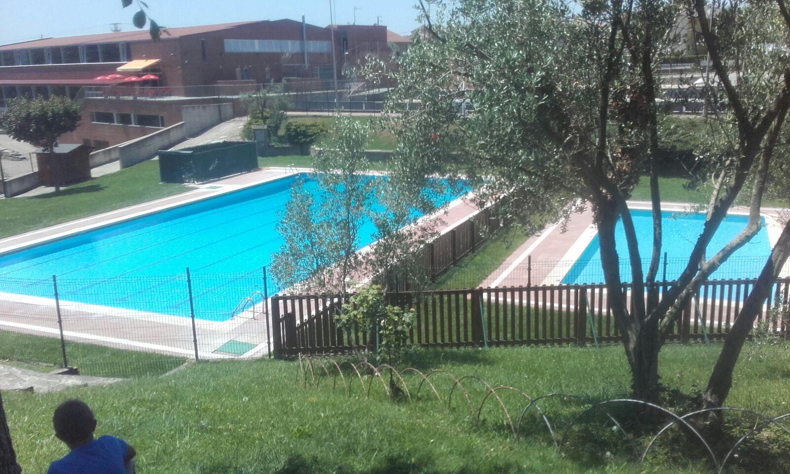 Obertura piscina